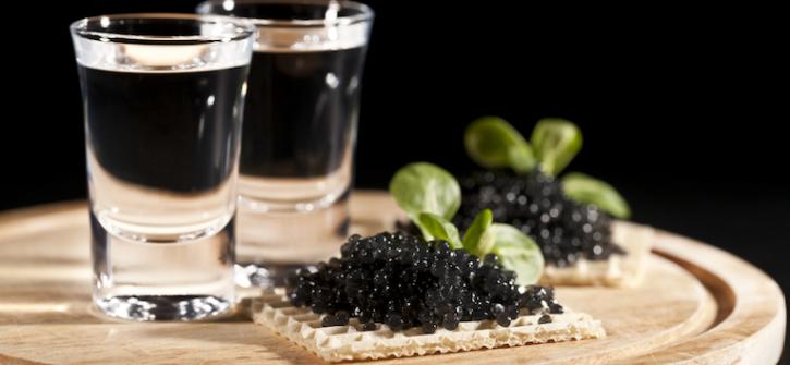 caviar negro e vodka