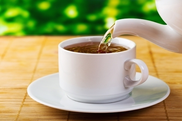 xícara de chá para desinchar